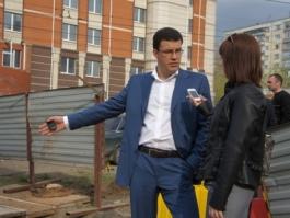 Сити-менеджер Ижевска Денис Агашин назвал возможные причины провала на улице Петрова