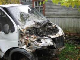 В Удмуртии пьяный водитель на газике протаранил трубопровод