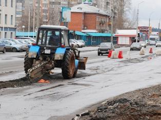 За тракторами и снегоуборщиками в Ижевске будут следить из космоса