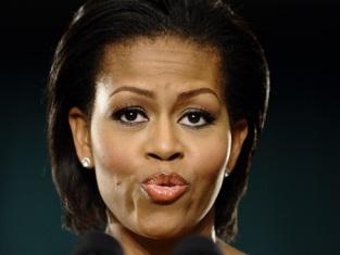 Мишель Обама приревновала телеведущую Опру Уинфри и назвала ее толстой