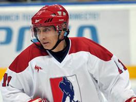 Житель Удмуртии сыграл в хоккей с Путиным