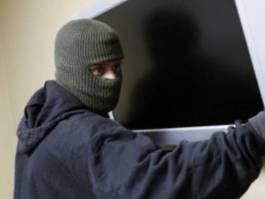 Ижевчанин дважды украл телевизор у приятеля