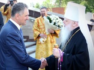 Президент Удмуртии поздравил митрополита Николая с юбилеем
