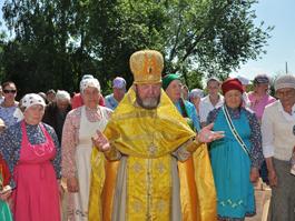 В Бураново прошел молебен на месте строительства церкви