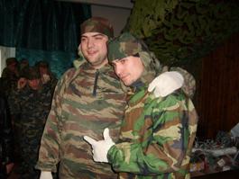 Можно ли в армии служить вместе с друзьями?