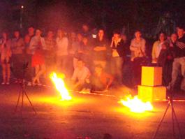 Огненное шоу устроили в Ижевске в помощь тяжело больному малышу