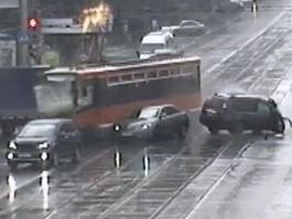 В Перми из-за «бешеного» трамвая пострадало шесть человек