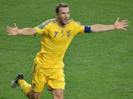 Сборная Украины выиграла свой первый матч на Евро-2012