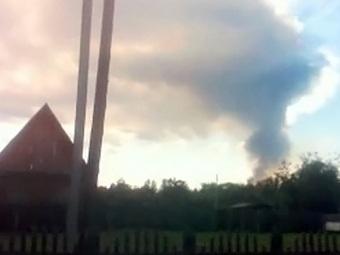 В Оренбургской области горит склад боеприпасов