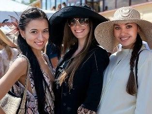 Девушки из Ижевска взяли три приза на конкурсе «Мисс Русское радио - 2012» в Москве