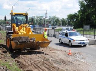 На Южной набережной в Ижевске появилась дорожная техника