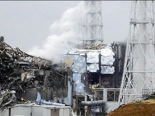 Япония перезапустила первую АЭС после цунами и ядерной весны