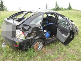 Два жителя Удмуртии пострадали, перевернувшись в «Лада приора»
