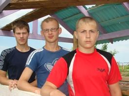 Школьники из Удмуртии спасли тонущего мужчину