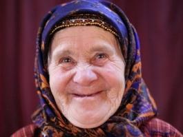 «Бурановскую бабушку» пригласили рассказывать сказки на ТВ