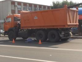 ДТП в Ижевске: КамАЗ протащил пенсионерку несколько метров
