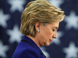 Египтяне забросали Хиллари Клинтон помидорами и припомнили Монику Левински