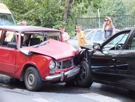 «Копейка» протаранила «мицубиси» в Ижевске