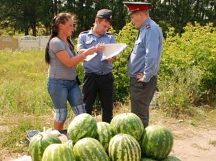 Полиция Ижевска: палатки с овощами у дома работают с грубыми нарушениями