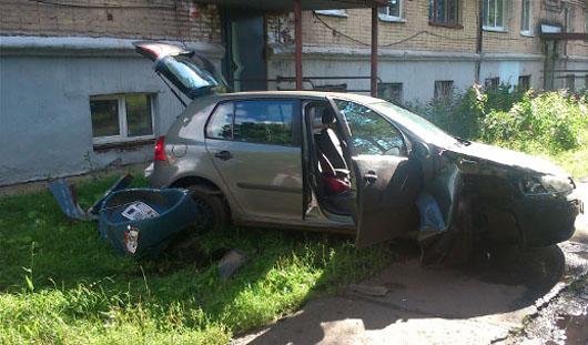 Сотрудница полиции, сбившая двух ижевчан, перепутала газ и тормоз