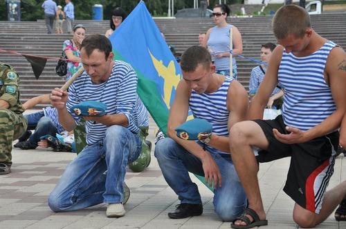 Фотофакт: В Ижевске прошел день ВДВ