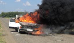 Автомобиль загорелся  на трассе в Удмуртии