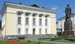 Национальную библиотеку Удмуртии отремонтируют к 2014 году