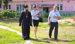 Судебные приставы Удмуртии ходят в рейд вместе со священниками