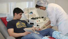 Врач из Воронежа спас 300 человек ценой собственной крови