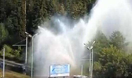 Новый «коммунальный фонтан» появился в Ижевске