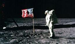 Скончался астронавт Нил Армстронг