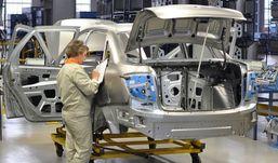 Режим в две смены вводится на производстве LADA Granta в Ижевске