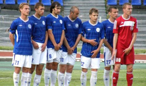 Футбольный клуб «Зенит-Ижевск» на своем поле примет челнинский «Камаз»