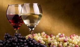 Вино в России подорожает на 15% из-за неурожая винограда