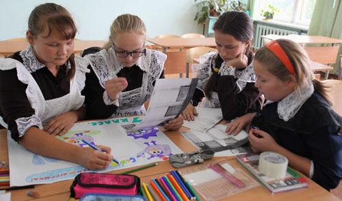 Президент Удмуртии проверил, как идет строительство школы в Селычке