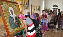 «Бурановские бабушки» передали чудотворную икону ижевскому храму