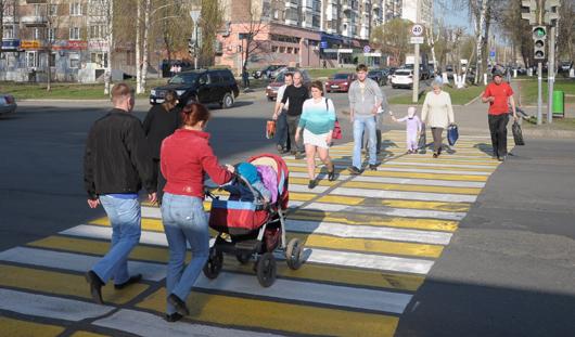 Пешеходные переходы в Ижевске приводят в порядок