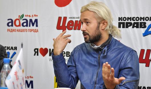 Легендарный певец Сергей Бабкин, экс-солист группы 5'nizza, приехал в Ижевск