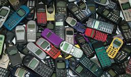 Ижевские продавцы незаконно реализовали мобильные телефоны, подделывая кредитные договоры