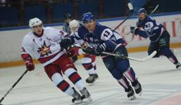 Ярославский «Локомотив» одержал третью победу подряд и последняя - в Ижевске