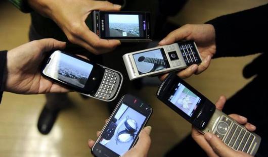 Сохранять номера мобильного телефона при смене оператора можно будет с 1 марта 2014 года