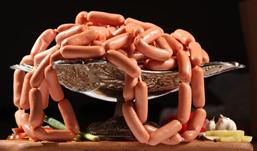 В Удмуртию  привезли 10 тонн сосисок, возможно, зараженных  чумой