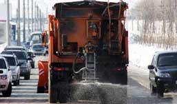 Ижевском закуплено 700 тонн химреагента для обсыпки дорог