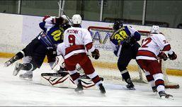 «Ижсталь» на выезде обыграла клинских хоккеистов со счётом 2:1