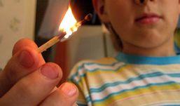 Пятилетний мальчик, играя со спичками, поджег дом в Удмуртии