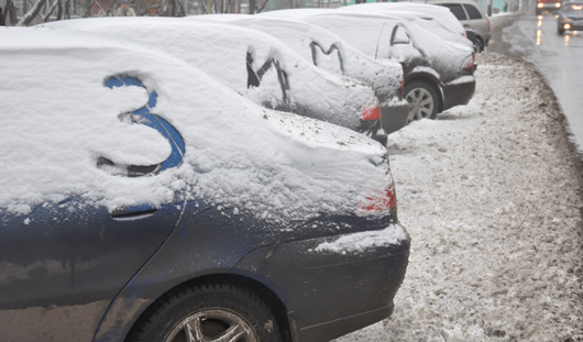 Зима в Ижевске: снег с улиц города убирают 115 машин