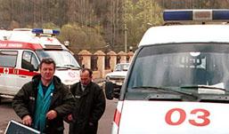 Диспетчер «скорой» оставила умирать женщину, не поверив звонку подростков