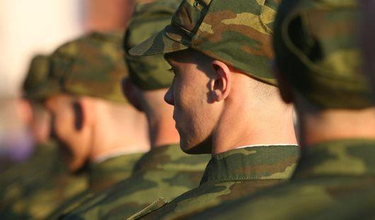 Срок службы в армии для россиян могут увеличить