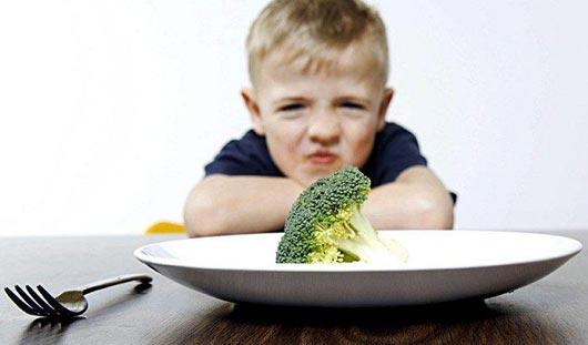 Ученые выяснили, как невкусная еда влияет на человека
