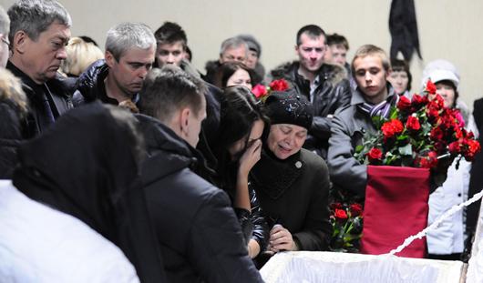 Погибшего в ДТП сына вице-премьера Удмуртии похоронили в Ижевске